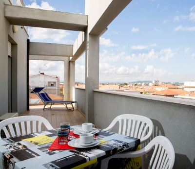 This is a newly-built, modern 3-star APARTMENT HOTEL that is open all year and is only 150 metres from...