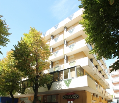 Hotel Colorado is located in the center of Rivazzurra di Rimini, just 80 meters from the sea.  
